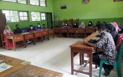 Pertemuan Guru Pembina, Peserta Ekskul Robotik Dengan Kepala Madrasah